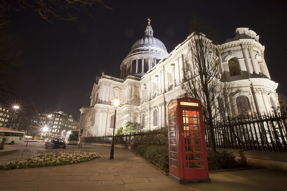 St Paul's with telephone box in front